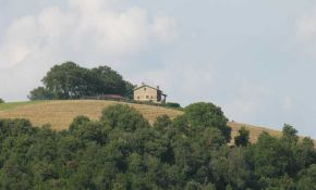 Photo of landscape from a stone farmhouse in Umbria