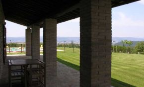 Photo of a porch with wonderful view in Orvieto | italyrealproperty.com